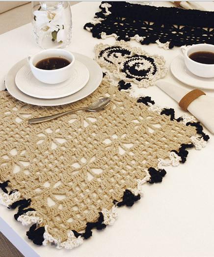 Jogo Americano de Café com Toalha de Croche 1